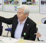 釜石港湾事務所での要望で意見を述べる山崎会頭