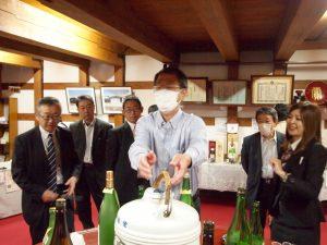 湯沢市に足を伸ばし、両関酒造を見学しました