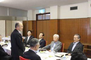 終始なごやかな雰囲気の中で昼食懇談会が行われました。