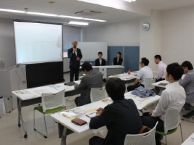 青年部7月例会「投資セミナー」を開催いたしました